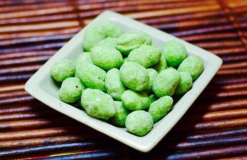 The Hirshon Wasabi Peanuts with Green Tea