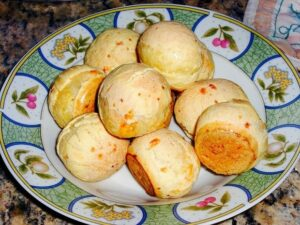 Brazilian Cheese Bread – Pão de Queijo