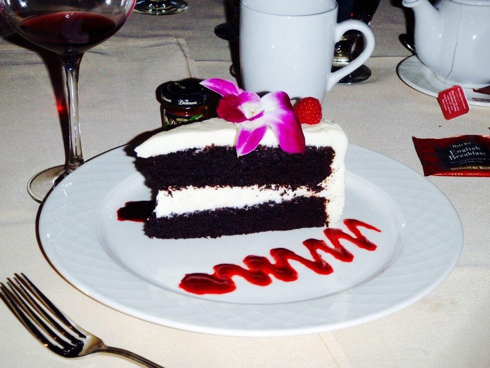 Jeff's Mom's Cake