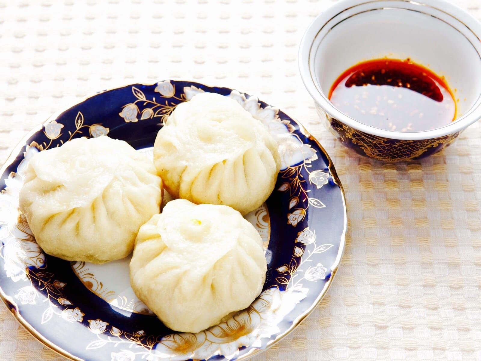 The Hirshon Kawa Manta (Uyghur Lamb and Pumpkin Dumplings) & Dipping Sauce – كاۋا مانتا