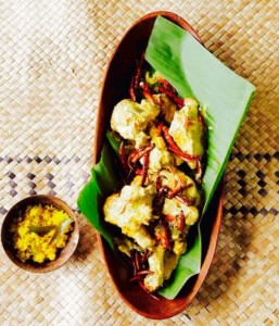 Sri Lankan King's Chicken Curry with Sandalwood