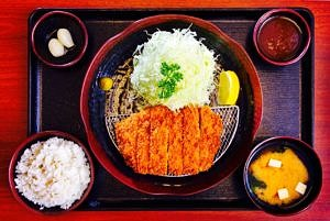 The Hirshon Japanese Tonkatsu – 豚カツ
