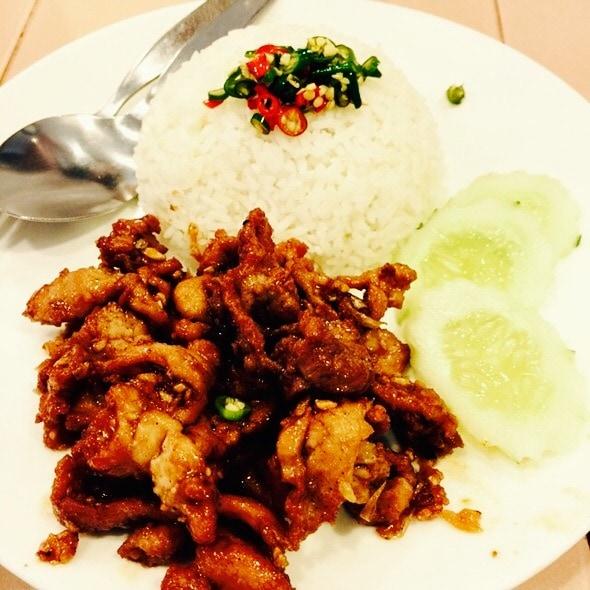 The Hirshon Thai Pork With Garlic And Pepper