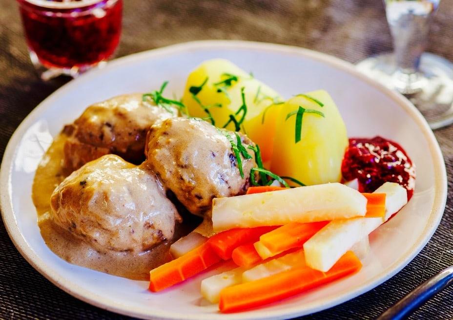 The Hirshon Norwegian Reindeer Meat Cakes - Reinsdyrkjøttkaker
