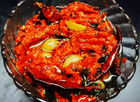 The Hirshon Andhra Pradesh Green Mango Pickle - ఆవకాయ పచ్చడి