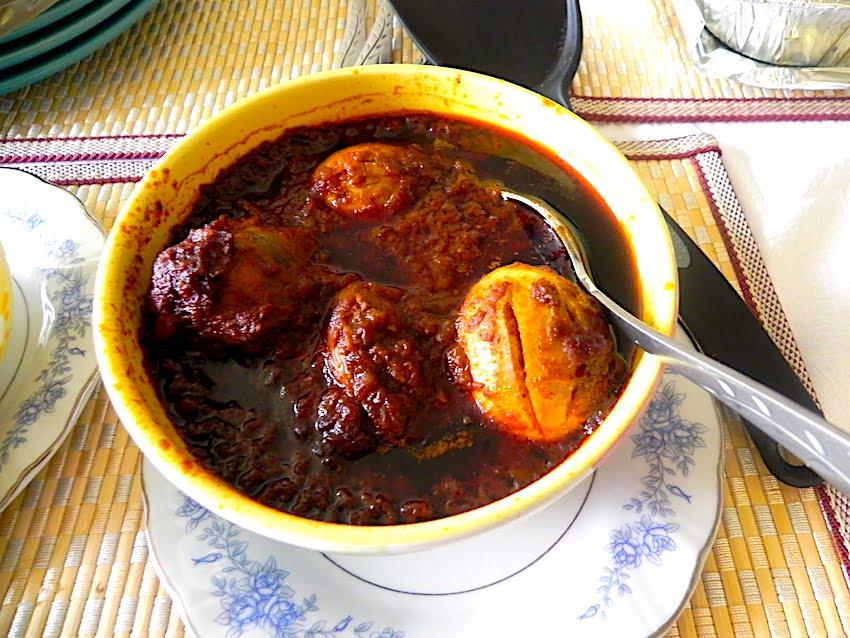 The Hirshon Ethiopian Stewed Chicken – ዶሮ ወጥ