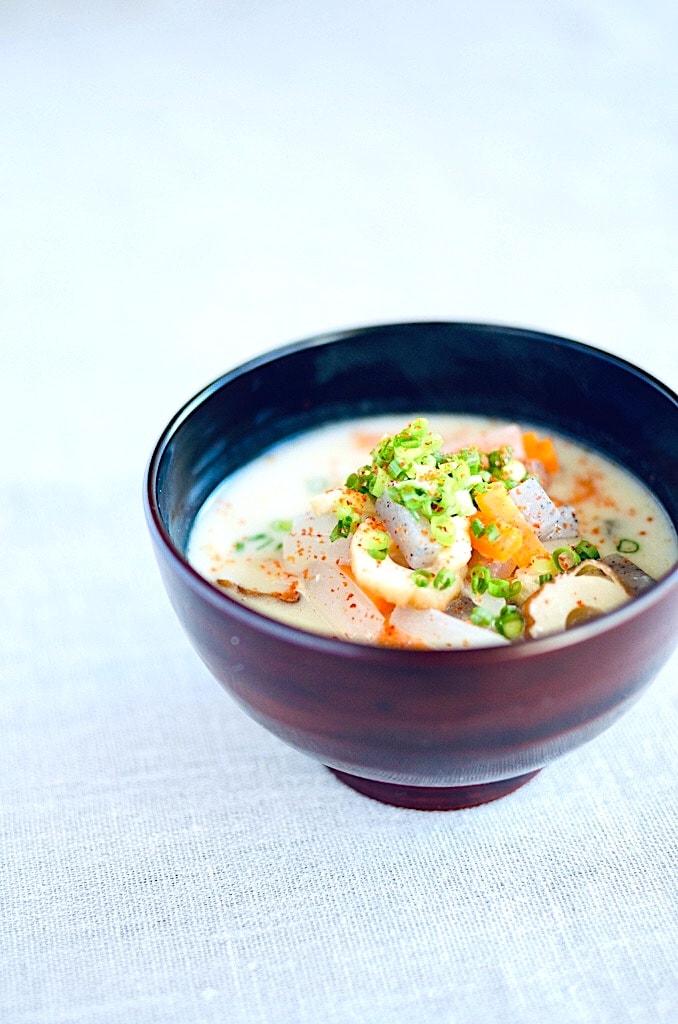 The Hirshon Hokkaido Smoked Salmon and Sake Lees Soup – サケ酒のスープ