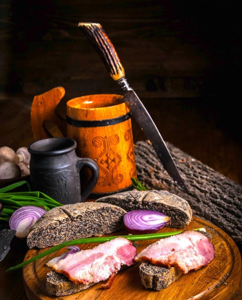 The Hirshon Russian Black Rye Bread – черный хлеб