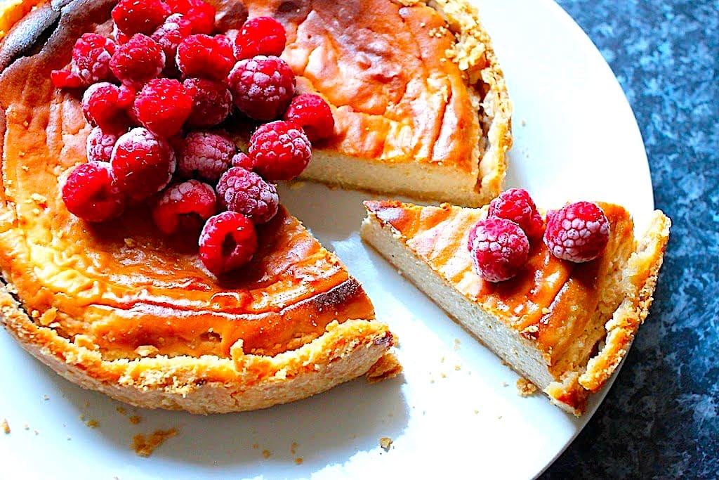 The Hirshon Medieval English Elderflower Cheesecake – Sambocade