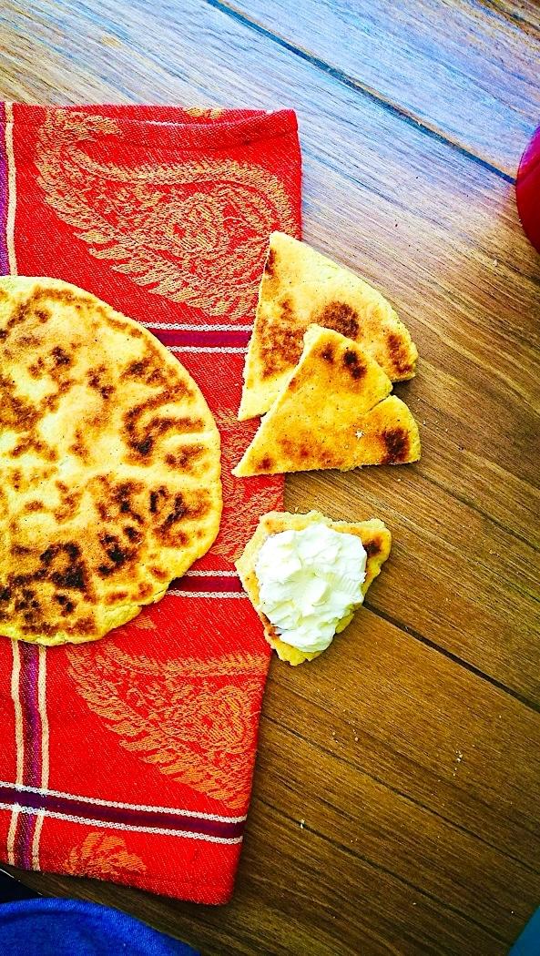 Paula Wolfert's Amazigh (Berber) Semolina Skillet Flatbread – ⴰⴴⵔⵓⵎ and أغروم