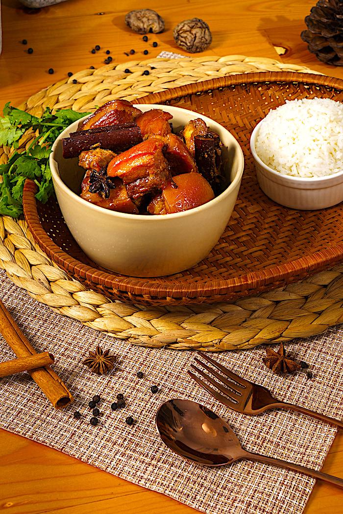 The Hirshon Southern Thai-Style Pork Belly Stew - หมูฮ้อง