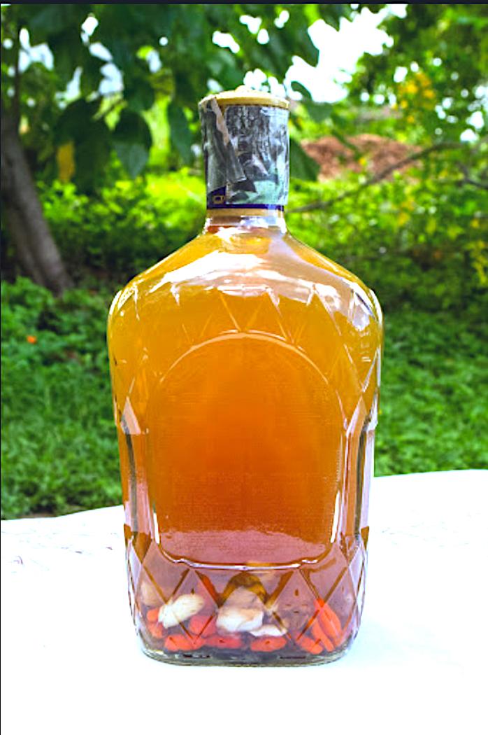 The Hirshon Hawaiian Chili Pepper Water – Kai Nīoi