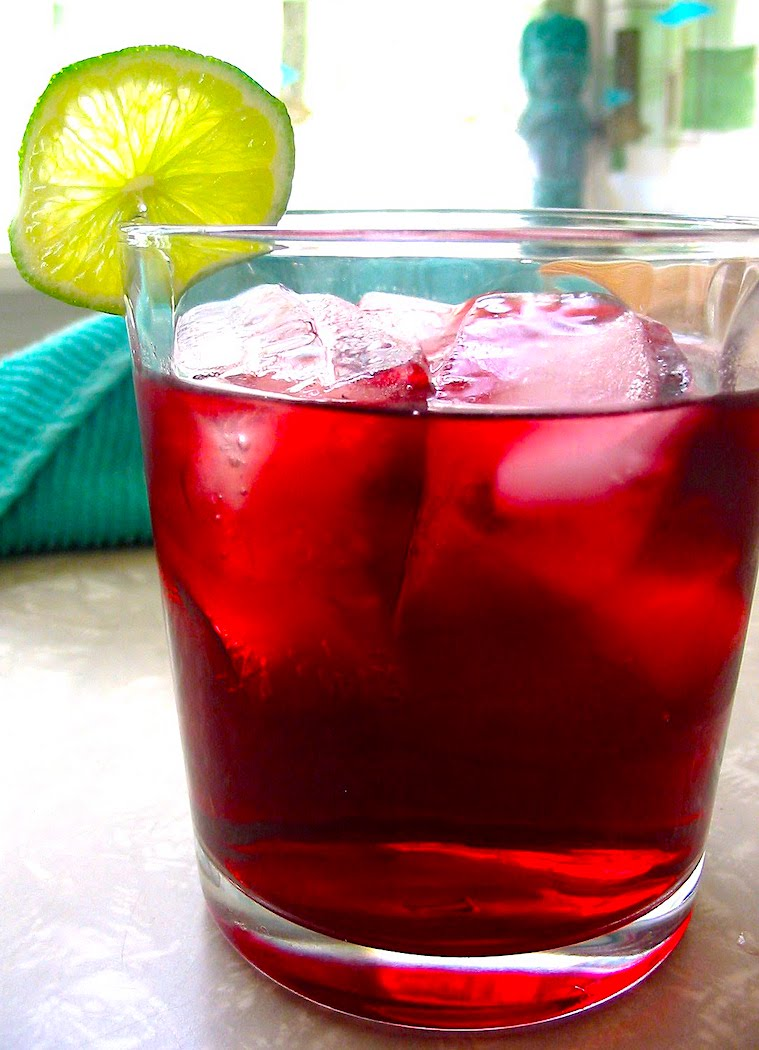 The Hirshon Ghanaian Spiced Hibiscus Drink – Sobolo