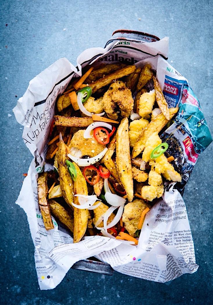 The Hirshon Irish 'Spice Bag' Fried Chicken And Chips With Curry Dipping Sauce – Mála Spíosrach na hÉireann